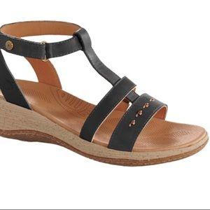 Acorn | Vista T-Strap Sandals